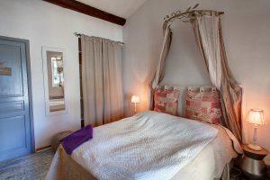 La chambre d'hôtes Amandier, du Mas du Grand Jonquier en Provence